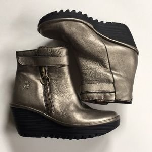 EUC Fly London leather boots